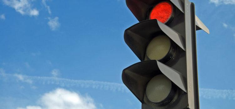 Порушення ПДР: покарання за проїзд на червоне світло